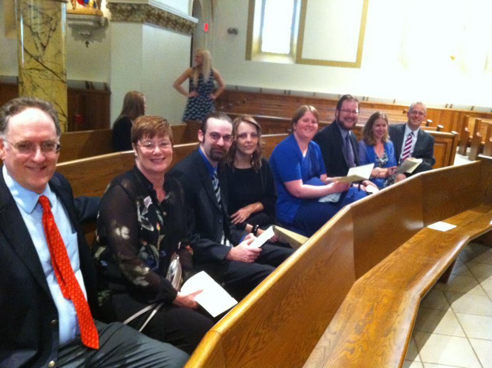 The family at Jen's wedding: Steve, Mimi, Joe, Kim, Ashley, Tom, Susie, Mike.