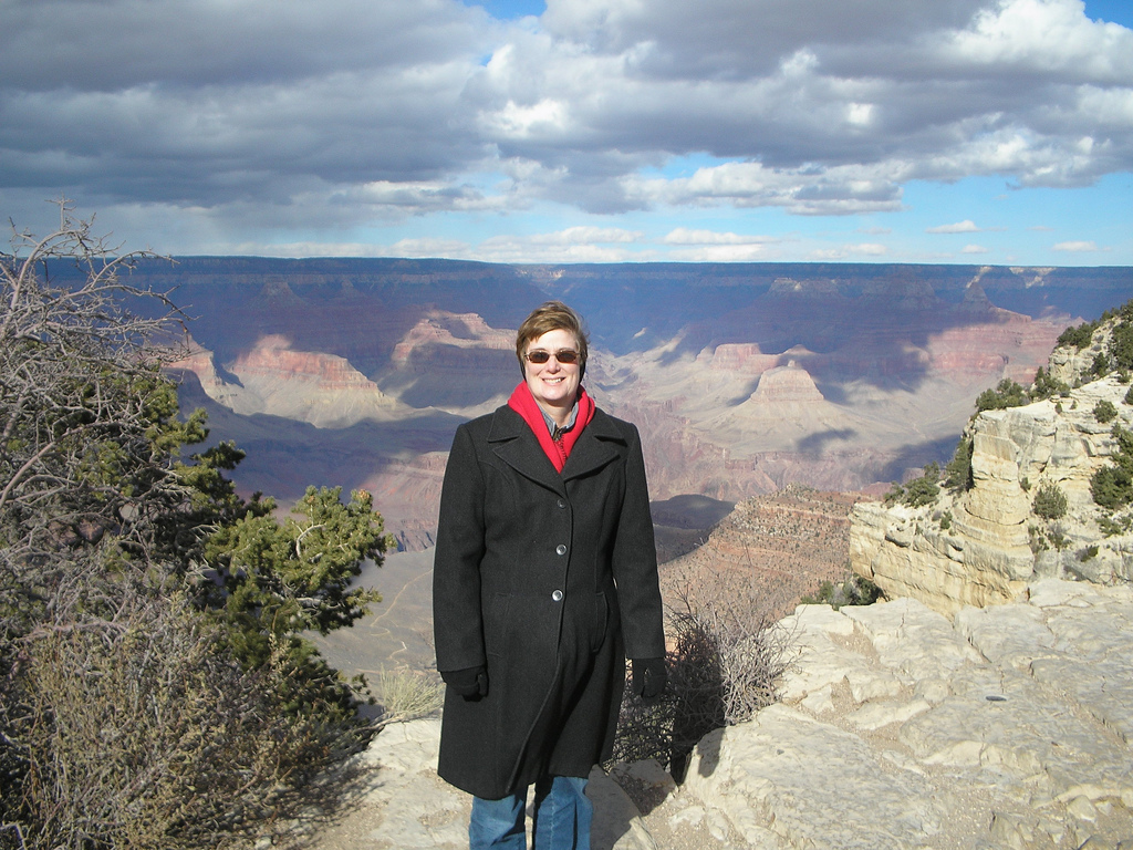 My traveling companion and I visited the Grand Canyon in February 2006. Yes, it was cold.